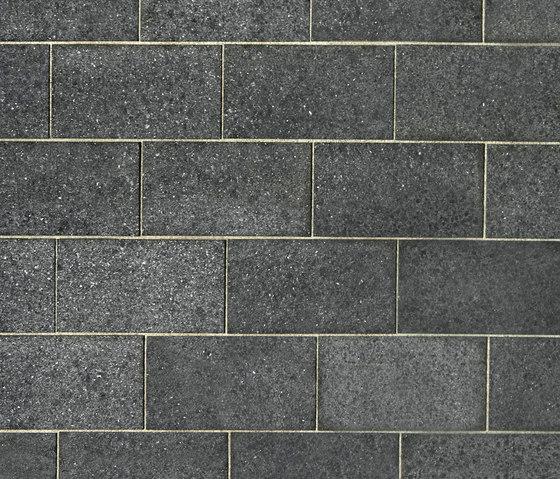 Basalt schwarz, geflammt by Metten | Natural stone panels