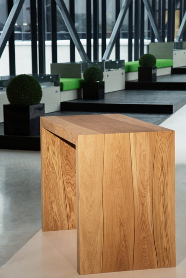 Tabletop Oak with walnut inlay by Boleform | Tabletops