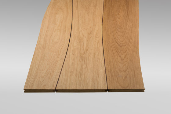 Solid surface Oak with walnut inlay by Boleform | Facing panels