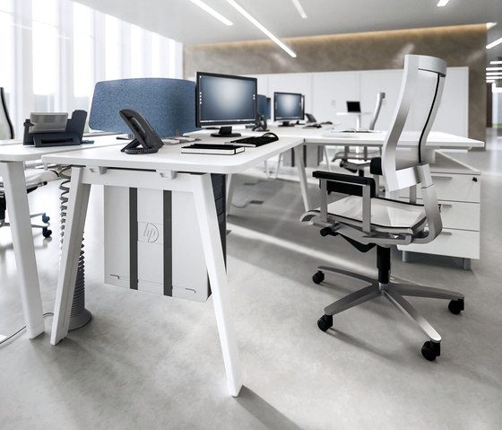 DV804-E-Place 06 by DVO | Individual desks