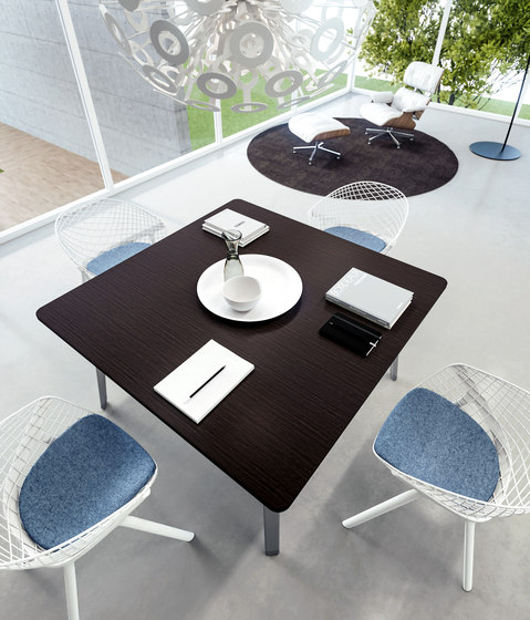 DV804-E-Place 02 by DVO | Meeting room tables