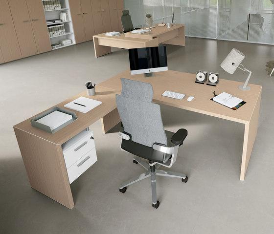DV904 by DVO | Individual desks
