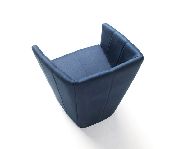 Fold by Living Divani | Lounge chairs