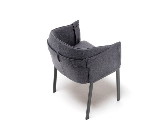 Polo Grace de Living Divani | Sillones lounge