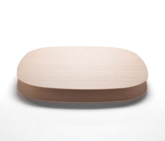 Strato by Living Divani | Lounge tables