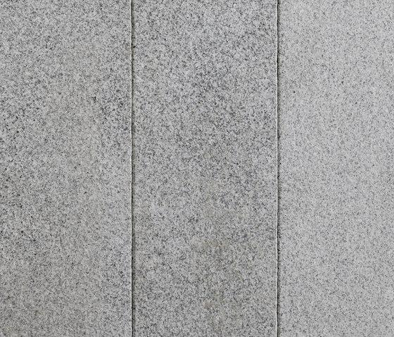 Artic Granit Palisaden, geflammt by Metten | Garden edging
