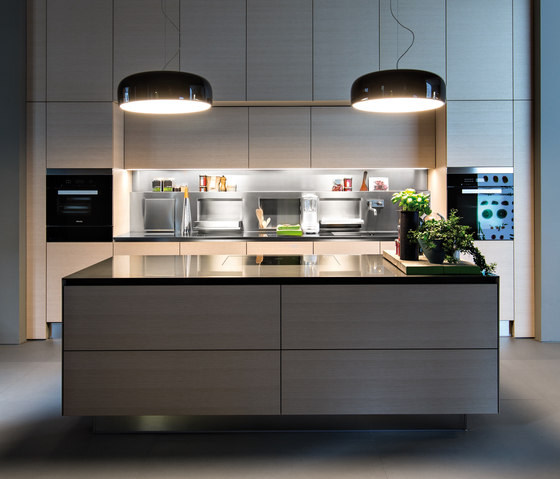 Gamma by Arclinea | Fitted kitchens