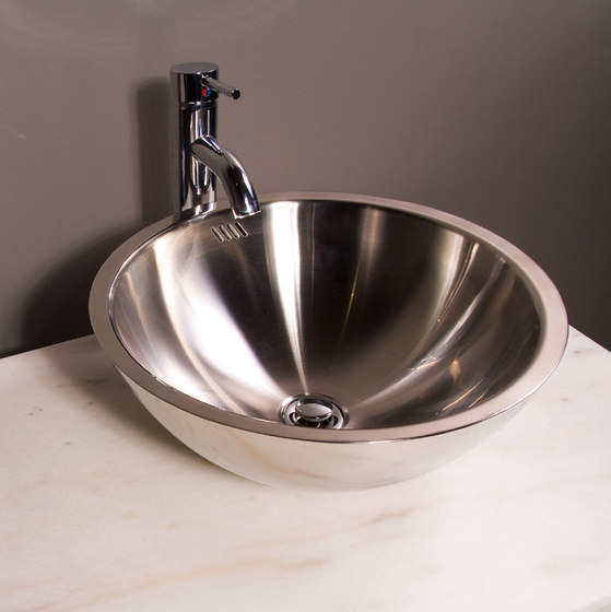 MS-001 by Cantrio Koncepts | Wash basins
