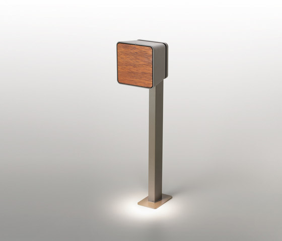 Lab pole by Marset | Path lights