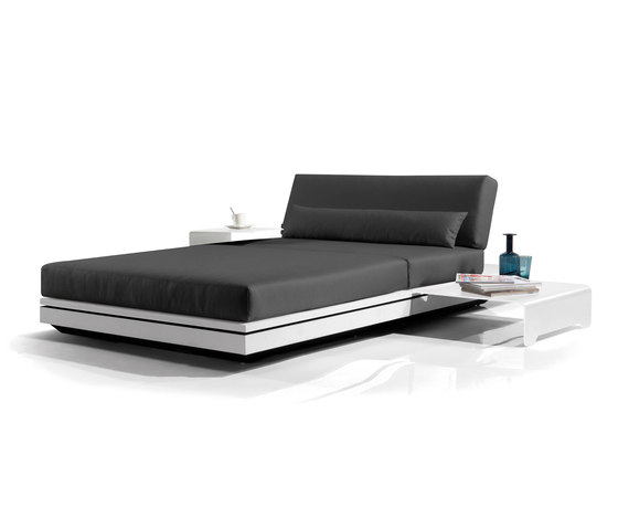 Elements concept lounger by Manutti | Sun loungers