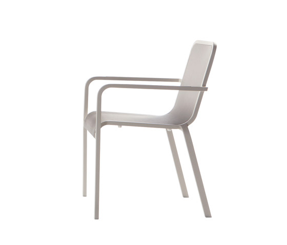 Helios chair by Manutti | Garden chairs