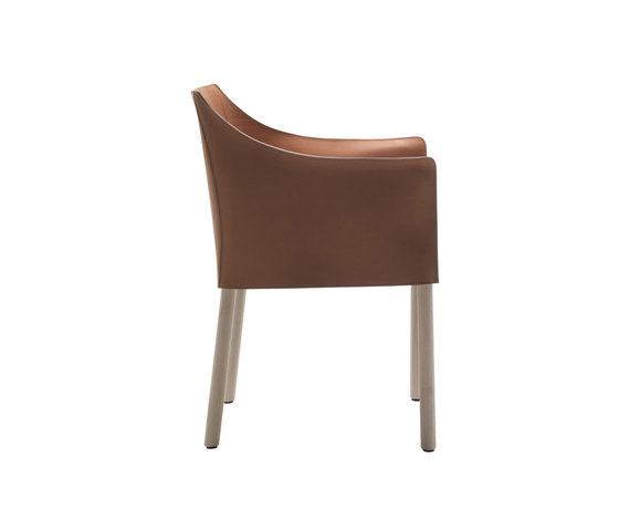 Cap Chair de Cappellini | Chaises de restaurant