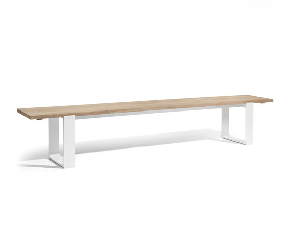 Prato bench by Manutti | Garden benches