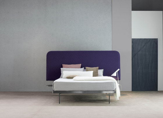Contrast Bed by Bonaldo | Double beds