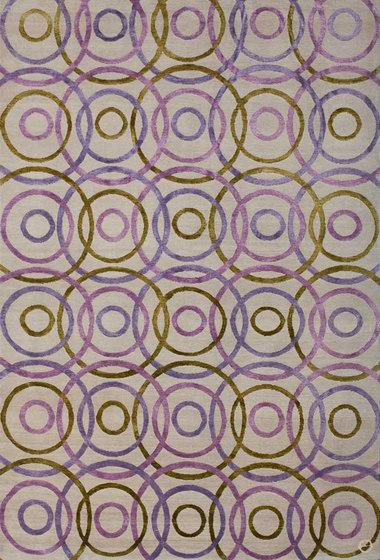Rebound Mixed Grapes von Emma Gardner Design | Formatteppiche / Designerteppiche