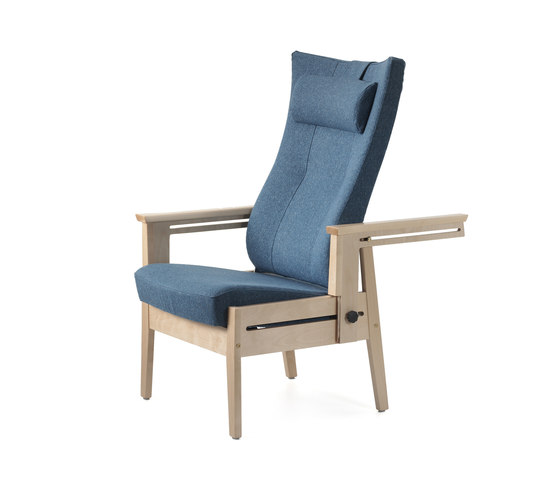 Bo recliner chair di Helland | Elderly care chairs
