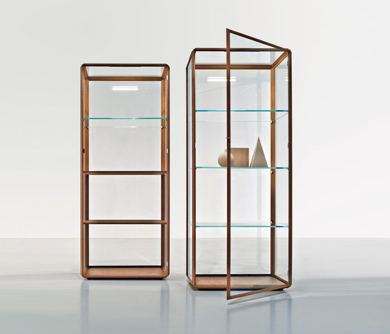 Grado 45° Vetrina by Molteni & C | Display cabinets