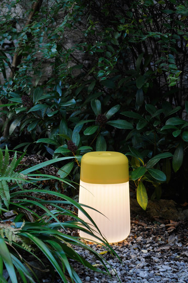 Koho Outdoor by FontanaArte | Cordless lights