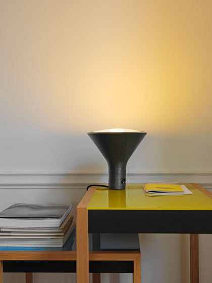 Yupik Table lamp by FontanaArte | General lighting