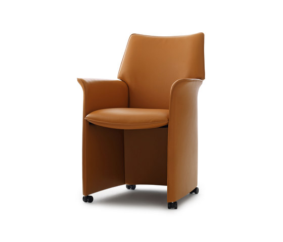 Tamarinde Chair by Leolux | Armchairs