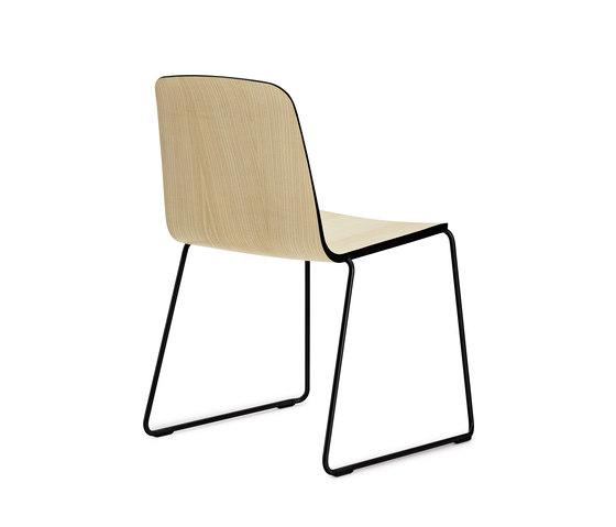 Just Chair von Normann Copenhagen | Stühle