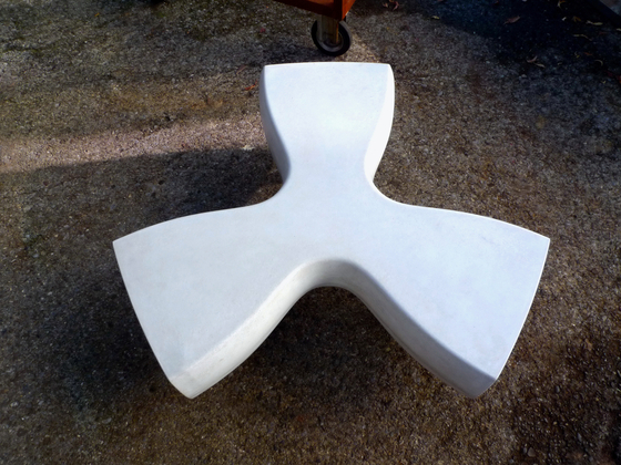 Beat Bloom Propeller by IVANKA | Lounge tables