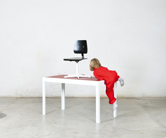 Desk by Minimöbl | Desks