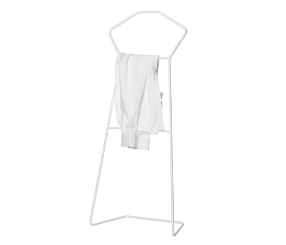 Sindy by LADP | Clothes racks