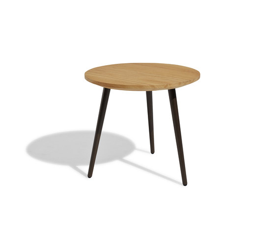 Vint low table 45 iroko di Bivaq | Tavolini d'appoggio