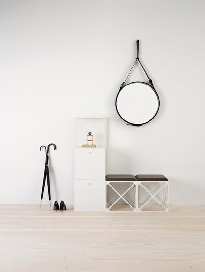 GRID wardrobe by GRID System APS | Cloakroom cabinets