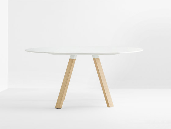 Arki-Table WOOD by PEDRALI | Meeting room tables