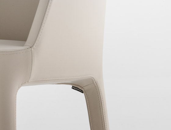 Ester 691 by PEDRALI | Restaurant chairs