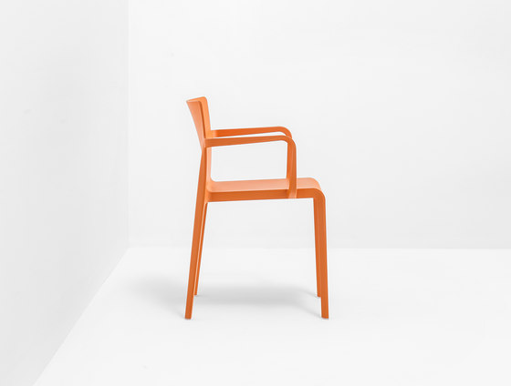 Volt 675 by PEDRALI | Multipurpose chairs