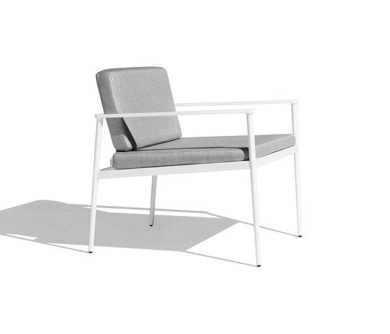 Vint low armchair de Bivaq | Fauteuils de jardin
