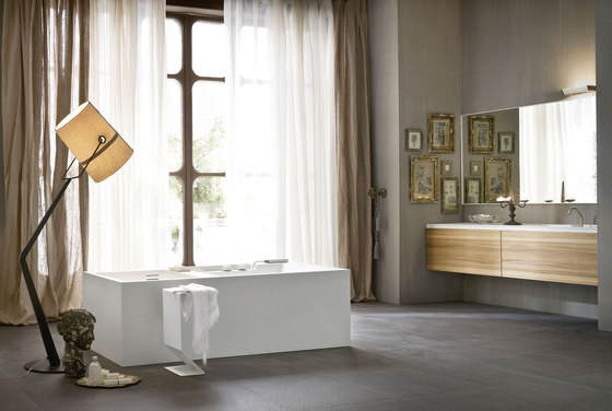 Ergo_nomic Bathtub by Rexa Design | Free-standing baths