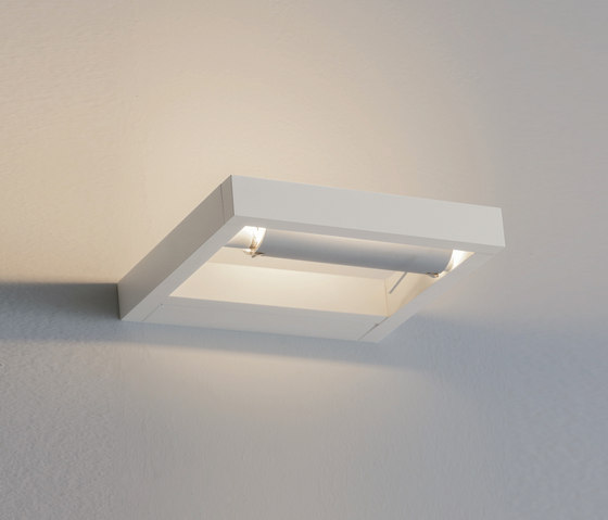 Layla Wall light by LUCENTE | General lighting