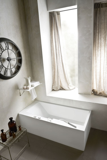 Ergo_nomic Bathtub by Rexa Design | Bathtubs