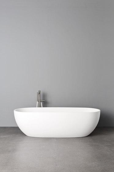 Hole Bathtub by Rexa Design | Bathtubs