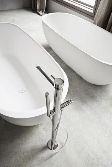 Hole vasche di rexa design hole vasca prodotto for Piantana bagno design