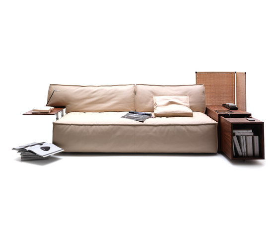 244 my world de cassina produit for Canape starck cassina