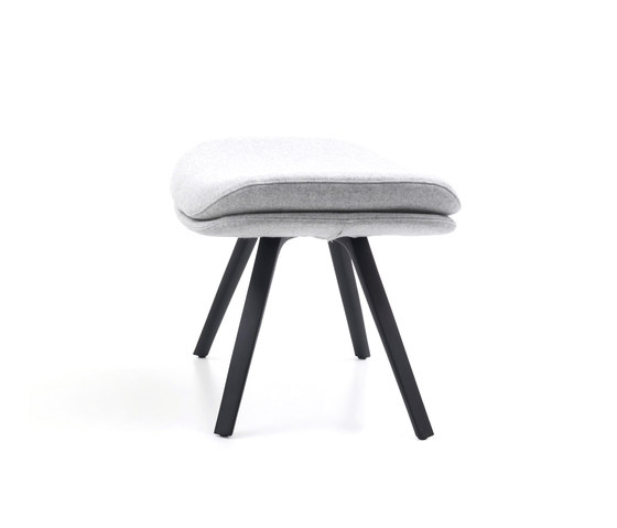 P22 by Cassina | Ottomans