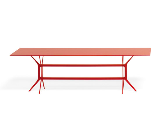 Arabesque by YDF | Conference tables