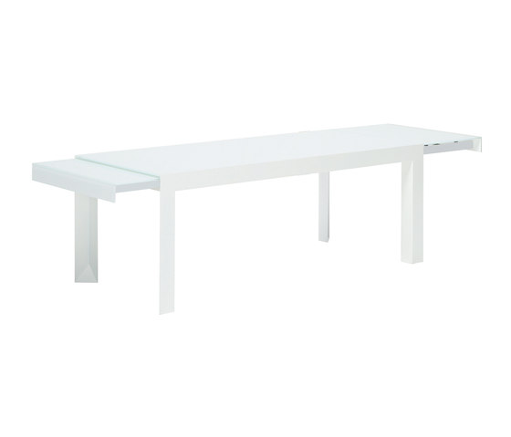 Riccardo + by YDF | Conference tables