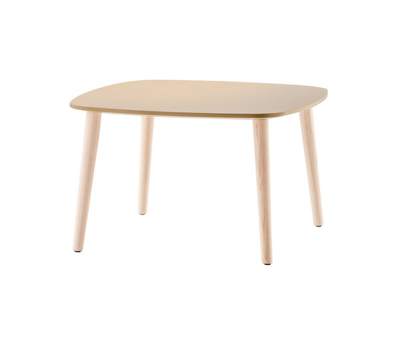 Malmö Coffee Table MLT_60x60x36 de PEDRALI | Mesas auxiliares