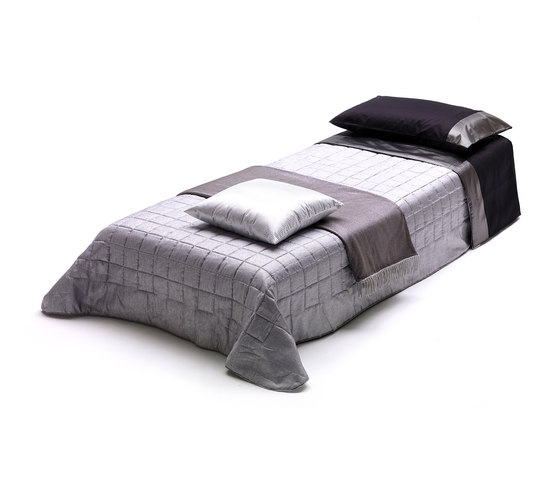 Bill by Milano Bedding | Sofa beds