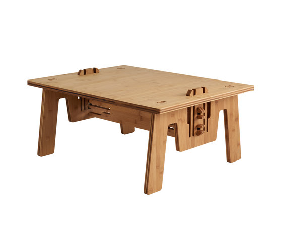 CLICLOUNGETABLE bamboo by PeLiDesign | Dining tables