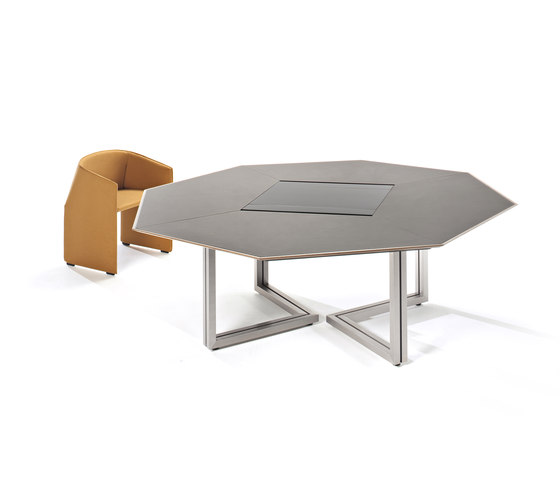 Vara octogonal table by Tecno | Conference tables
