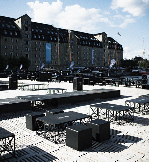 GRID urban space by GRID System ApS | Exterior stools
