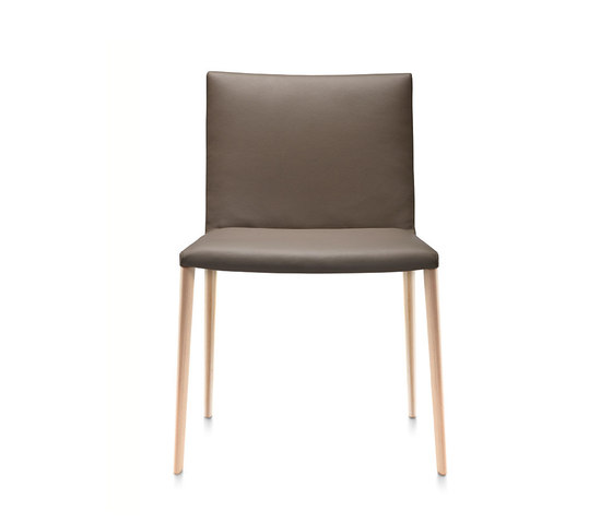 Kati W side chair di Frag | Sedie visitatori