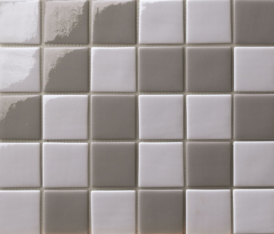 Cromie 50x50 Mix Grigio Scuro by Mosaico+ | Glass mosaics
